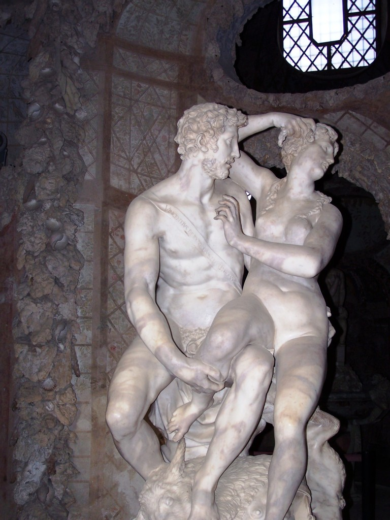 Vincenzo de Rossi's Helen and Theseus