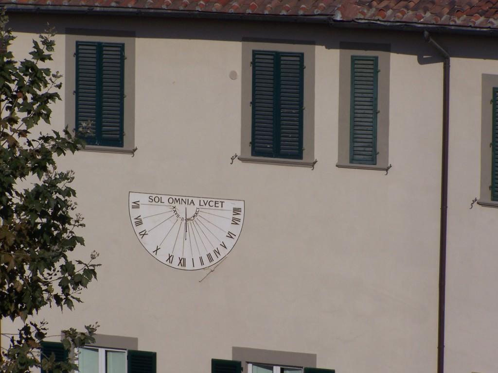 100_3476 sol clock