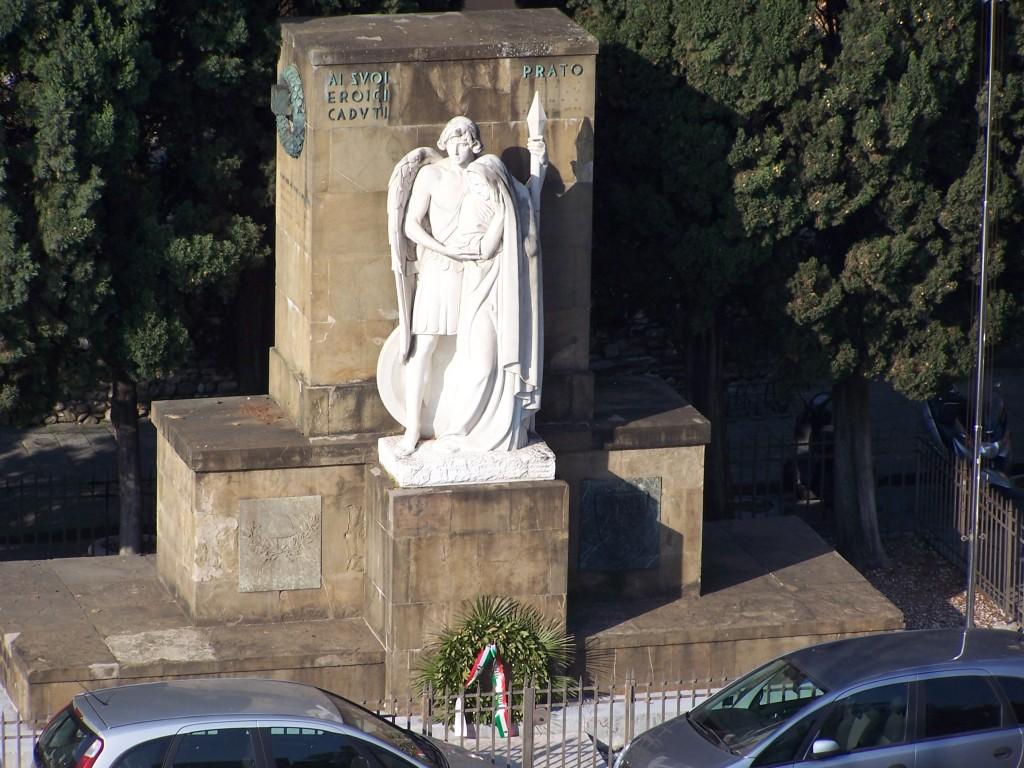 Piazza S Maria delle Carceri