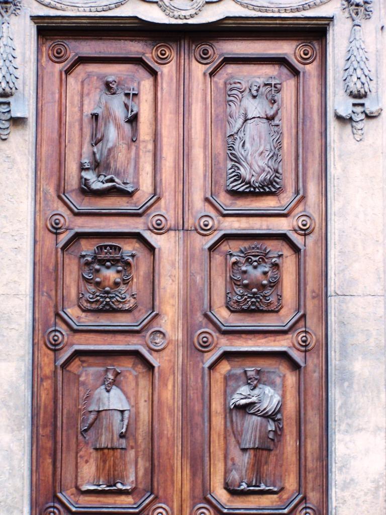 100_3828 Santa Trinita doors