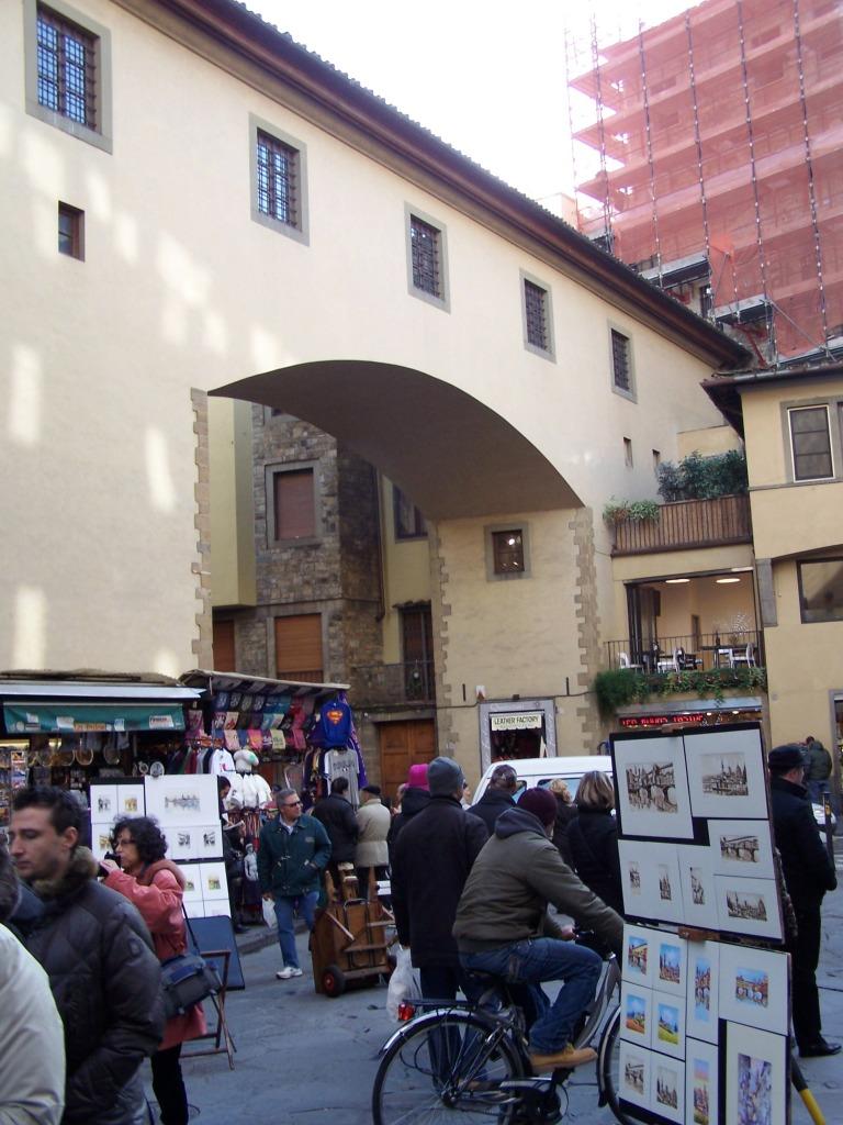 100_3985 Ponte Vecchio - Vasari corridor