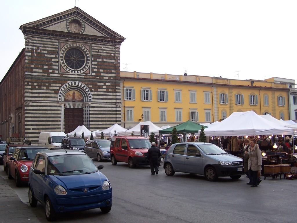 Chiesa di San Francesco i market