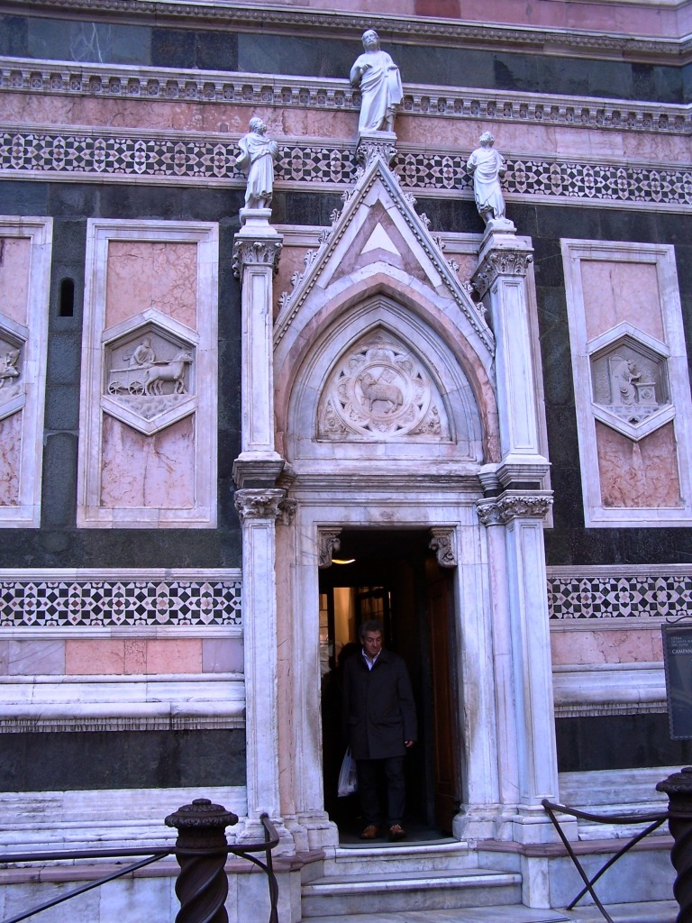 Giotto's Campanile entrance