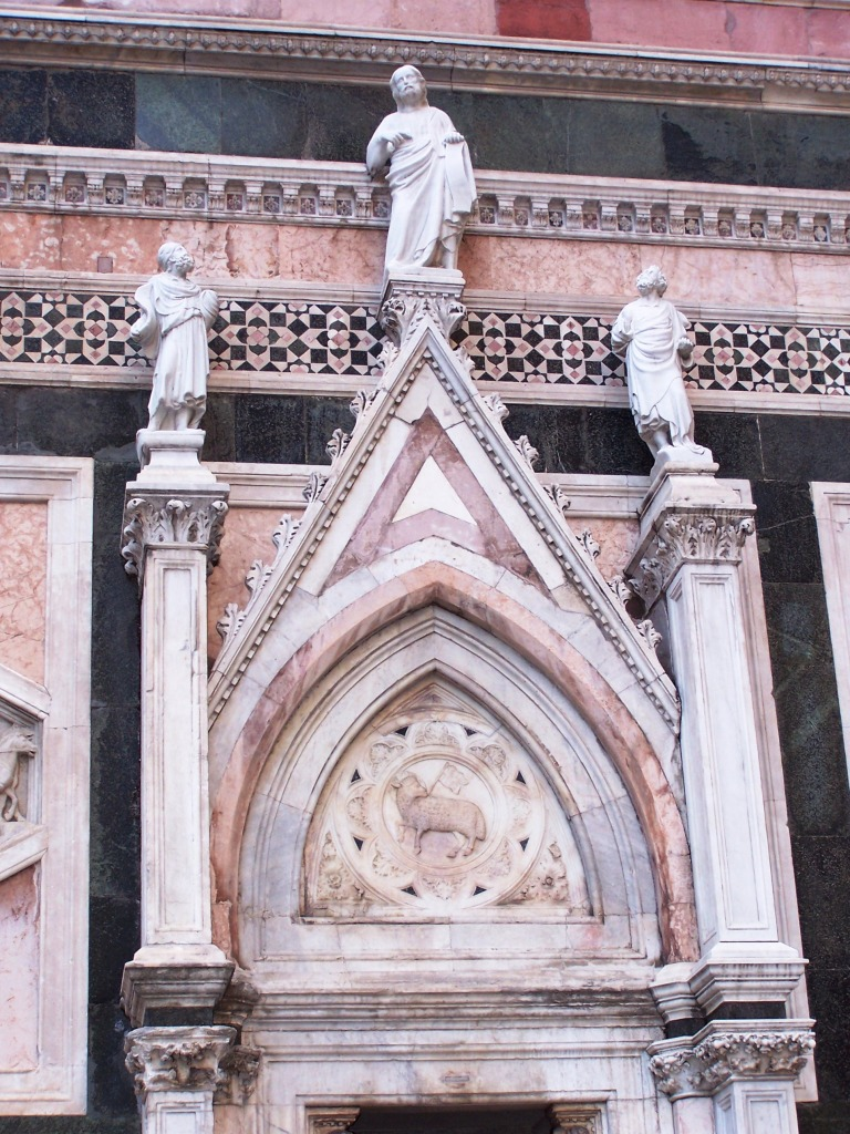 Giotto's Campanile entrance - detail